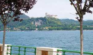 arona rocca lago